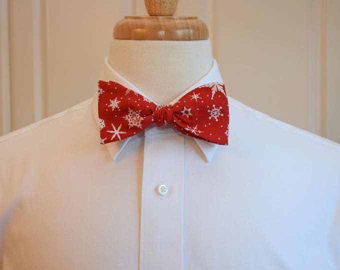 Men's Bow Tie, red/white snowflakes, scarlet bow tie, Christmas bow tie, stylish man's gift, holiday party bow tie, White Christmas bow tie