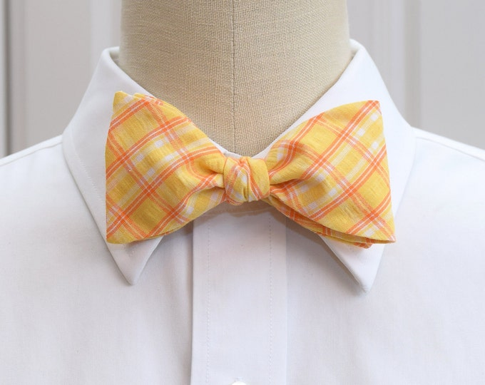 Men's bow tie, yellow plaid seersucker, wedding bow tie, groom bow tie, groomsmen gift, yellow orange bow tie, southern summer bow tie,
