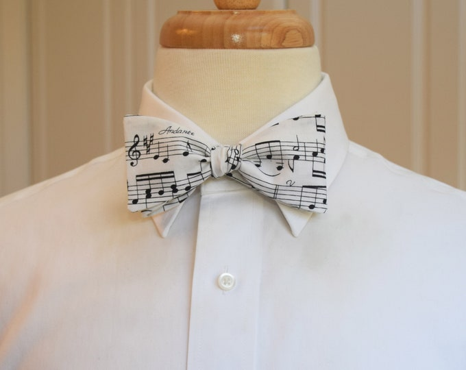 Men's Bow Tie, music notes, music manuscript, black/white music design, wedding bow tie, musician gift, orchestra bow tie, groom bow tie