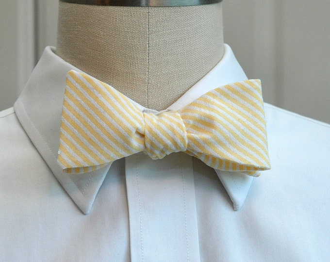 Men's Bow Tie in yellow seersucker stripes, self tie, wedding party tie, groom bow tie, groomsmen gift, summer bow tie, wedding accessory