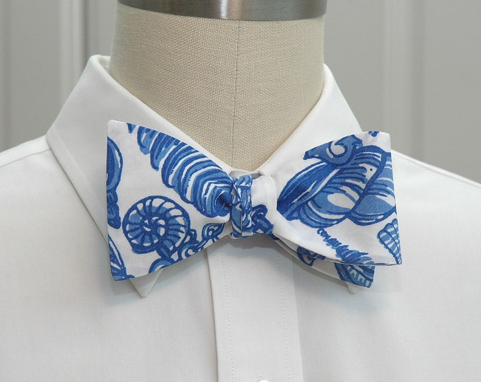Men's Bow Tie, Fallin' In Love, blue white shell Lilly print, wedding bow tie, seashell bow tie, groom/groomsmen bow tie, father son bow tie
