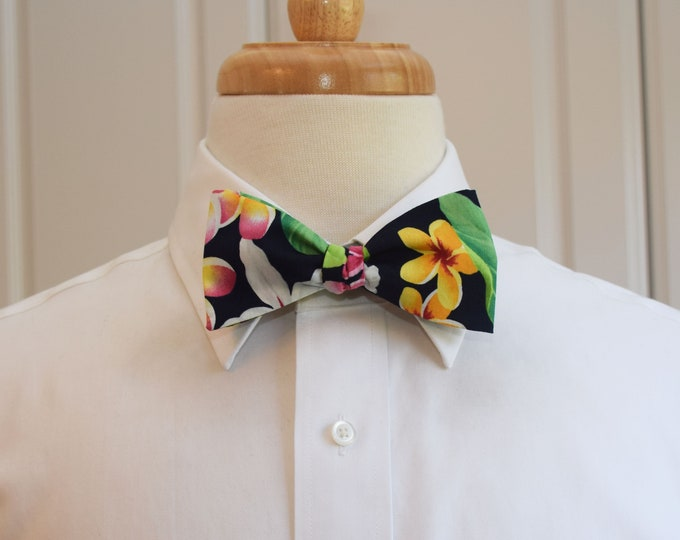 Men's Bow Tie, Hawaiian print bow tie, navy/green/pink/yellow floral bow tie , tropical bow tie, wedding bow tie, groom/groomsmen bow tie,