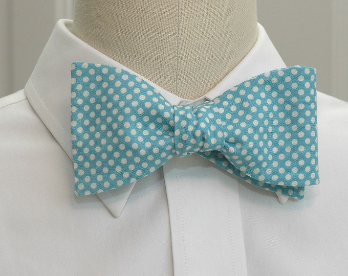 Men's Bow Tie, blue and white polka dots, groom bow tie, Tar Heel lovers bow tie, wedding bow tie, groomsmen gift, Carolina blue bow tie,