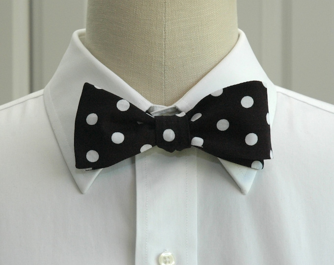 Men's Bow Tie, black and white polka dot bow tie, bold polka dot bow tie, ebony bow tie, wedding party bow tie, tuxedo accessory, prom tie