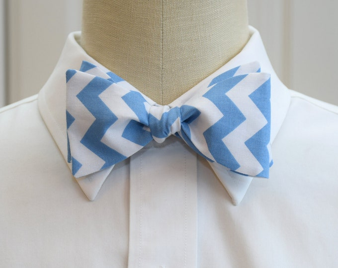 Men's Bow Tie, white/pool blue chevrons, wedding party wear, groom/groomsmen gift, Carolina Blue bow tie, TarHeels blue bow tie, UNC bow tie