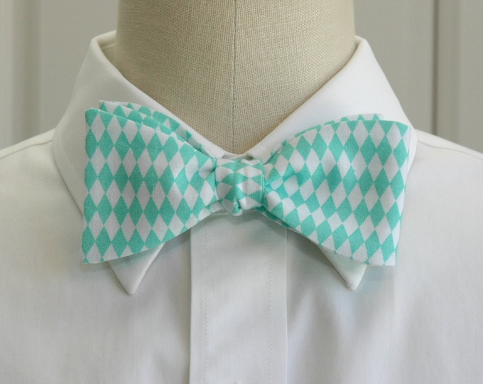 Men's Bow Tie, turquoise/white harlequin diamonds, geometric print bow tie, wedding party wear, groom/groomsmen bow tie, prom bow tie,