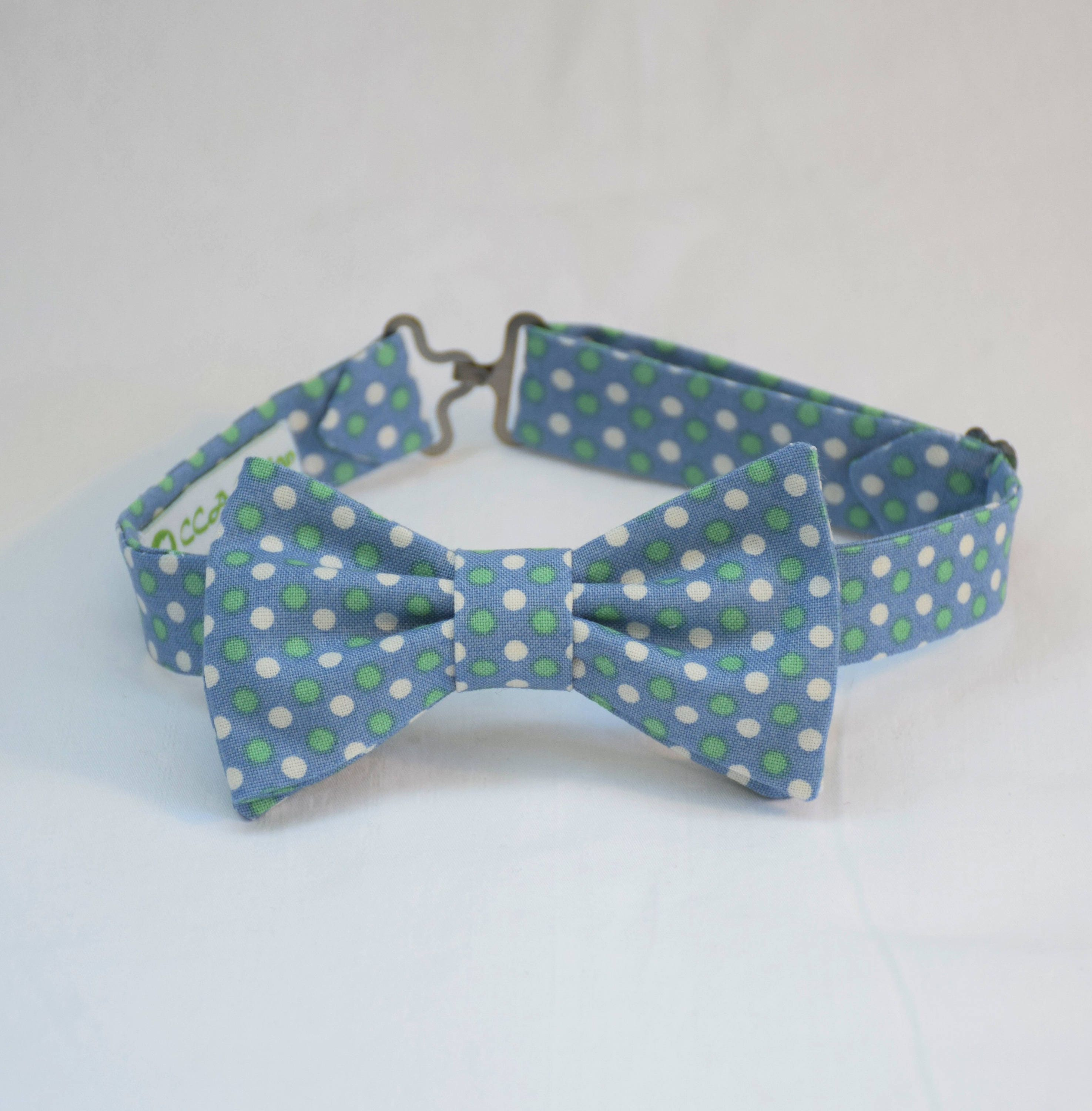 b6904b91659c Boy's pre-tied Bow Tie, light blue/white/green dots, Easter bow tie ...