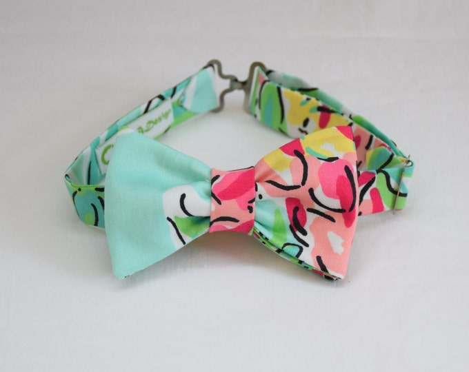 Boy's Lilly Bow Tie, aqua/pinks Spike The Punch Lilly print, wedding accessory, toddler bow tie, ring bearer bow tie, father/son bow tie