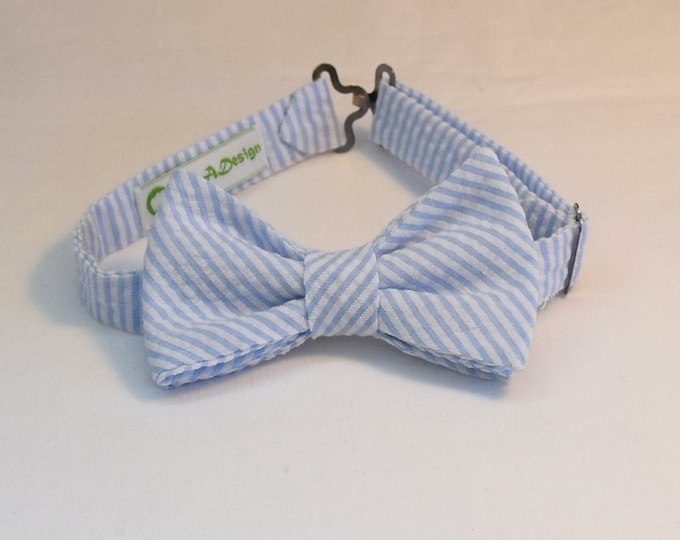 Boy's Bow Tie, pale blue seersucker, father/son matching ties, wedding accessory, toddler bow tie, ring bearer bow tie, Easter bow tie,
