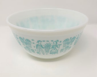 Pyrex Butterprint Turquoise and White 402 Mixing Bowl