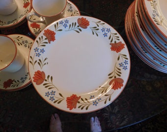 e9413cdd594e6 International China Provence pattern 52 pieces service for eight plus Japan  stoneware floral