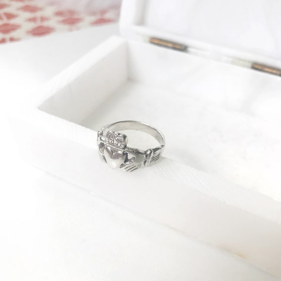 Sterling Silver Claddagh Ring Claddagh Jewelry Promise Ring Etsy