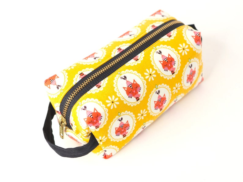 Yellow Sassy Cats SMALL Boxy Bag   Makeup Bag / Pencil image 0