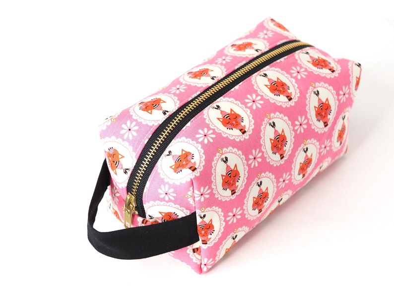 Pink Sassy Cats LARGE Boxy Bag Makeup bag Travel Toiletry image 0