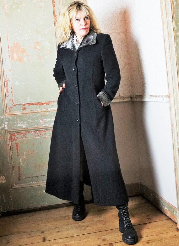 Extra Long Vintage Wool Grey Dress Coat with Fur t