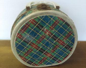 Tartan Plaid Child's Round Carrying Case, Vintage Decor, Photo Prop