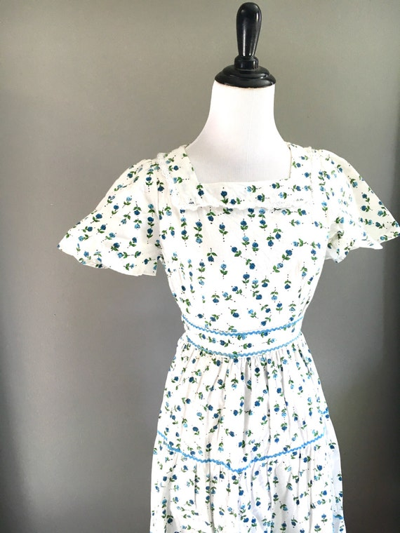 SALE Women's 60s Floral Summer Day Dress - Small