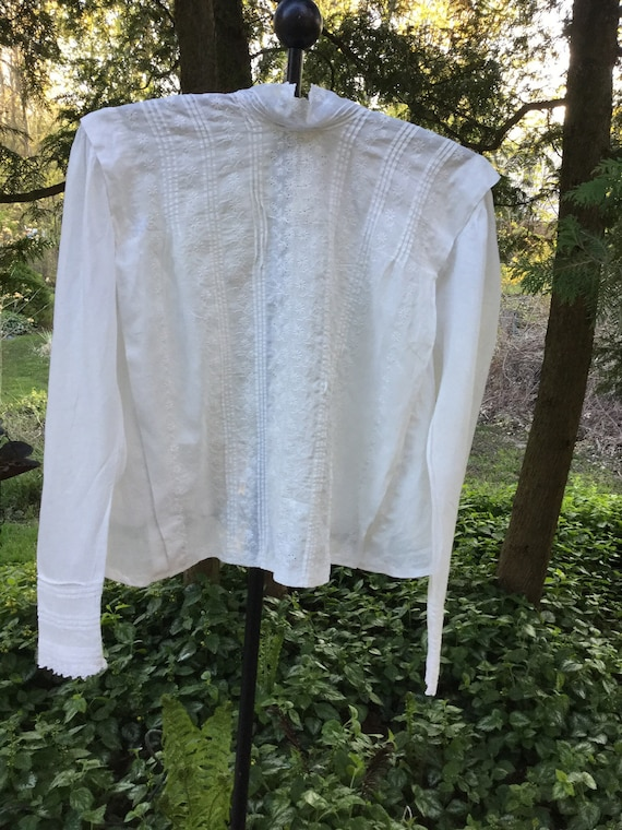 If sentimentality was a garment: Victorian white c