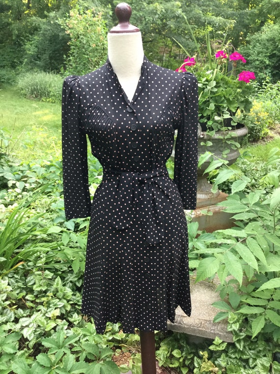 1940'S Black and Pink Crepe Dress