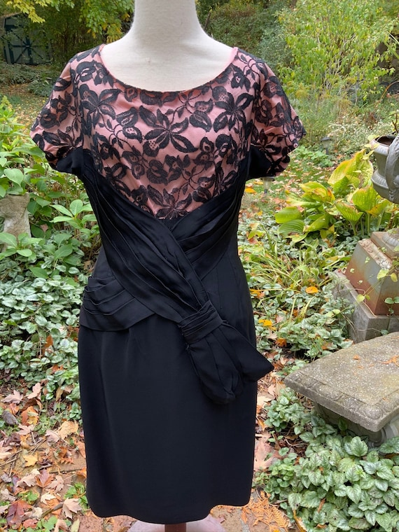 Black and pink 50s little black dress