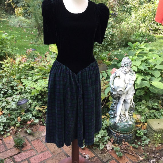 1940s dress in black velvet and blackwatch plaid c