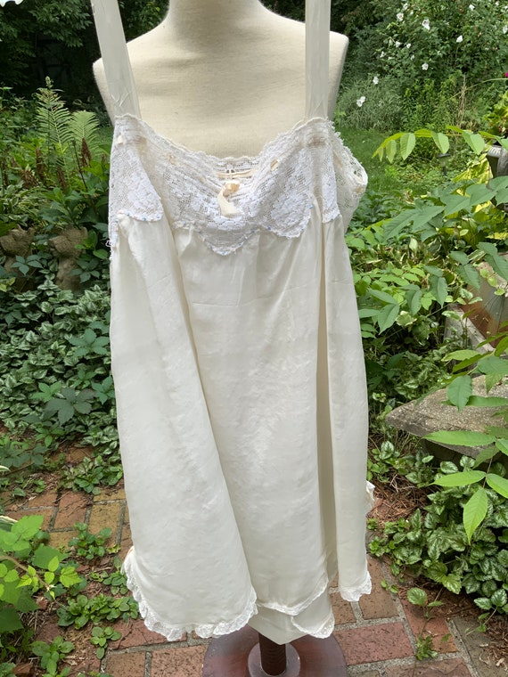 1920'S Beautiful Silk and Lace Chemise
