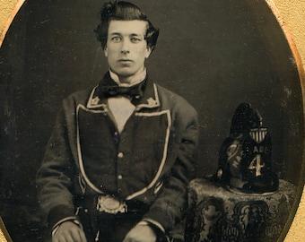 Superb 1850s Daguerreotype Photo of a Fireman in Uniform in Rare Fireman Case