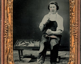 Superb Occupational Photo Shoe Repairman Worker / Cobbler with Tools - 1850s