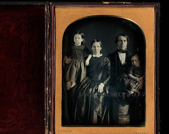 Large (Half Plate) 1840s Daguerreotype of Philadelphia Family by Simons