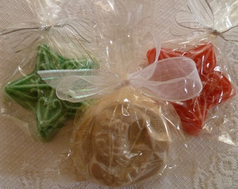 """CHRISTMAS SOAPS Glycerin Bars ~ Sparkly Snickerdoodles Santa in beige 3.2oz 2-3/4"""", Sparkly Peppermint Stars in Red or Green 2.6oz 3-1/4"""""""