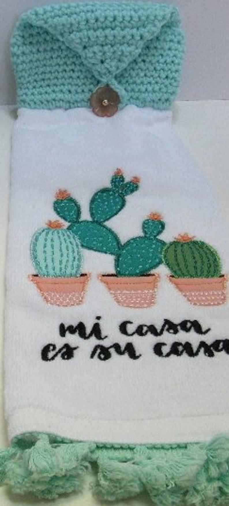 Hanging Kitchen Towels, Button Top, White Cotton, Mi Casa es Su Casa,  Cactus, Dish towel, Refrigerator Oven Door, Crochet Housewarming Gift