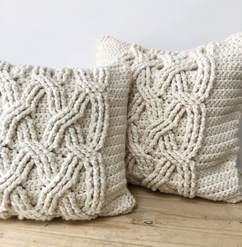 CROCHET PATTERN Chunky Cabled Pillow Pattern Crochet Pillow image 0