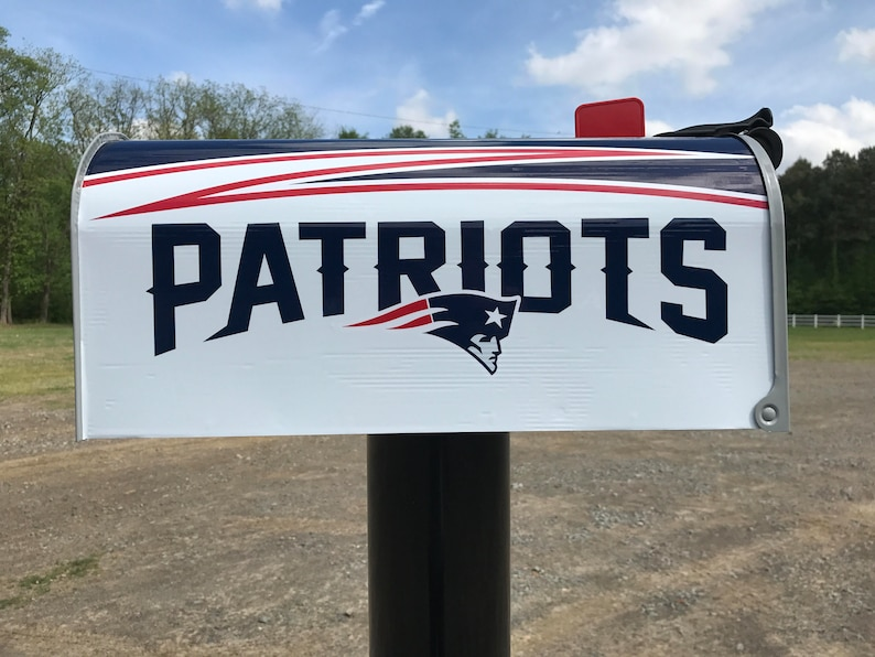New England Patriots Magnetic Mailbox Cover