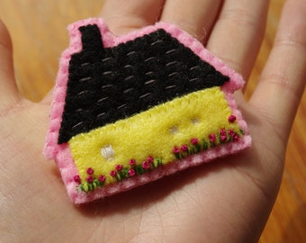 SALE Mökki Cottage Hand Embroidered Folk Felt Brooch Pin