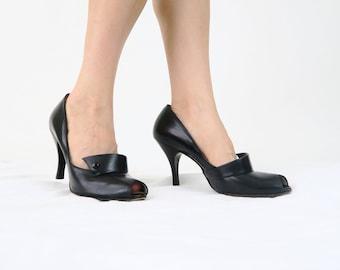 Size 8 / 1940s Black Peep Toe Heels / Vintage Leather High Heeled Shoes