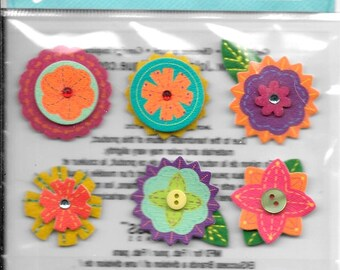 Jolee's Brand -- Layered Mini Flowers --  Dimensional Stickers   --   NEW  (#2444)