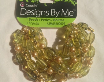 Cousin Brand  --  Designs by Me  --  172 piece Glass green Beads   --   NEW  --   (#1340)