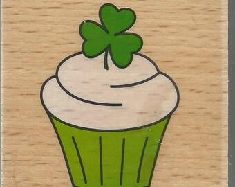 Cupcake Stamp --   NEW  -- Wood Mounted Rubber Stamp --  Studio G Brand --   (#1251)