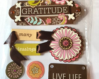 MMBI Brand -- Dimensional Embellishments  -- Gratitude  --  NEW  (#2989)