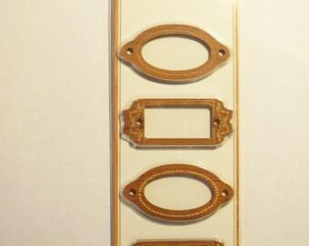 Momenta Brand  -- Wood Embellishments -- NEW -- Basic Frames  -- (#1691)