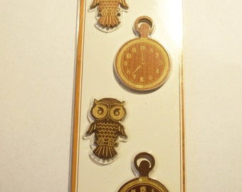 Momenta Brand  -- Wood Embellishments --  NEW --  Owls and Clocks  -- (#1693)