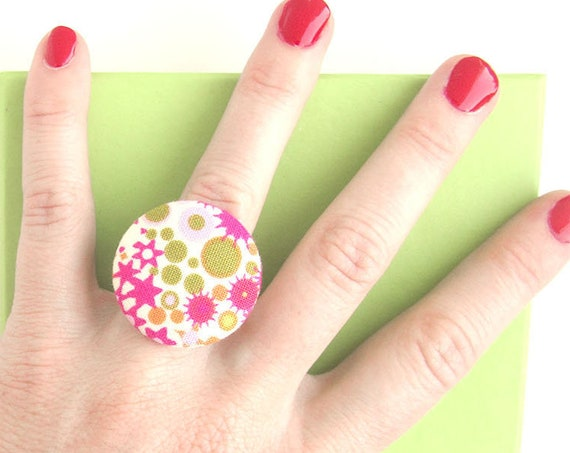 Colorful ring - pink fabric ring - pink button ring - geometric ring - statement ring - large funky ring - summer jewelry - gift for women