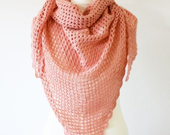 Chale sheer in lamb wool salmon crochet by hand by La Mare'maille