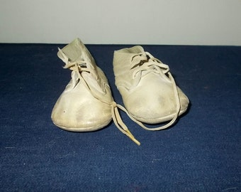Vintage 1940's/1950's Leather Lace-Up Baby Shoes-Small-Pre Walking-Ankle High-FREE SHIPPING