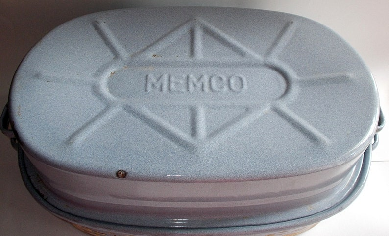 Vintage 1950s or 1960s Pale Blue Speckled Large MEMCO Enamelware Roasting  Pans-Turkey Cooker
