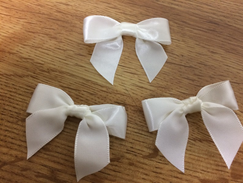 Next day shipping from USA 0,5-5 dozen White Multi Purpose Mini Bows Satin Ribbon Size 2 \u201c wide x  1,5\u201d long 6-60 pics