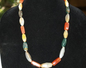 ANTIQUE VINTAGE MIXED agate beaded necklace beggars beads 25 india carved beads