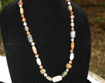 ANTIQUE VINTAGE MIXED agate beaded necklace beggars beads 28 india carved beads