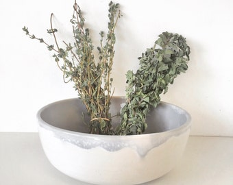 gift handmade ceramic single bowl serving soup salad bowl in white and gray glaze