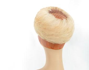 Women's pillbox hat, vintage 1960s feather pink peach, mid century